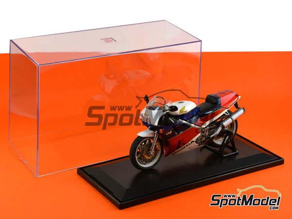 Image 5: Display case for 1/12 scale bikes | Display case in 1/12 scale manufactured by Trumpeter (ref. 09804)