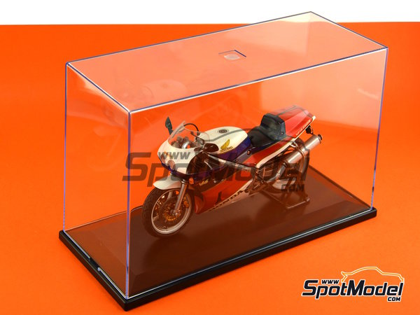 Image 6: Display case for 1/12 scale bikes | Display case in 1/12 scale manufactured by Trumpeter (ref. 09804)