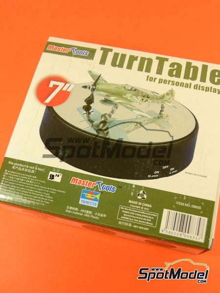 Turn table | Base manufactured by Trumpeter (ref. 09835) image