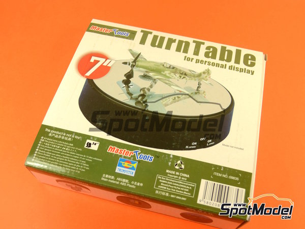 Image 5: Turn table | Base manufactured by Trumpeter (ref. 09835)