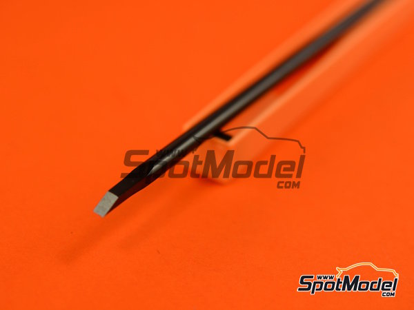 Image 2: Model chisel 3mm wide | Scriber manufactured by Trumpeter (ref. 09925)