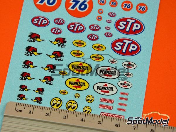 Image 5: STP, Empi, Pennzoil, Simpson   Logotipos en escala1/24 fabricado por Virages (ref.VIR-347)