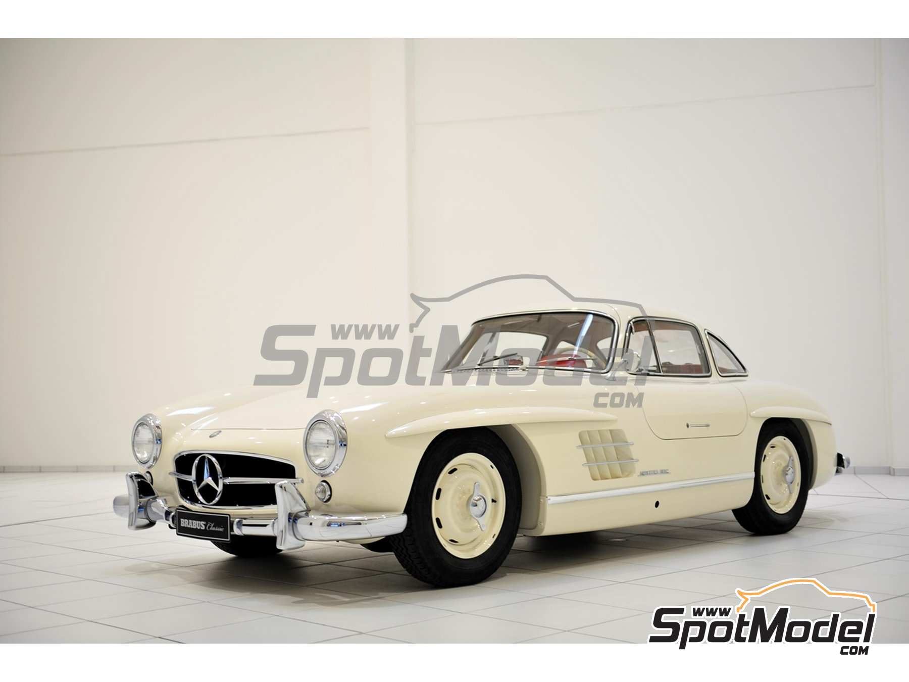 Image 2: White Weiss for Mercedes-Benz 300SL - Code: DB050 - 1 x 60ml | Paint manufactured by Zero Paints (ref. ZP-1296-DB050)