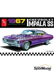 AMT: Model car kit 1/25 scale - Chevrolet Impala SS 1967 - plastic parts, water slide decals and assembly instructions