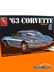 AMT: Model car kit 1/25 scale - Chevrolet Corvette Sting Ray 1963 - metal parts, plastic parts, rubber parts, water slide decals, assembly instructions and painting instructions image