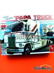 AMT: Model truck kit 1/25 scale - Kenworth Aerodyne Tyrone Malone's Papa Truck - plastic parts, rubber parts, water slide decals, assembly instructions and painting instructions
