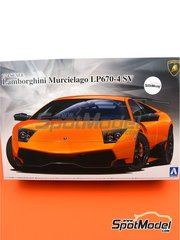 Aoshima: Model car kit 1/24 scale - Lamborghini Murcielago LP670-4 SV SuperVeloce - plastic parts, rubber parts, water slide decals, assembly instructions and painting instructions