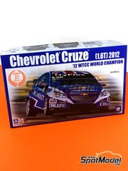 Beemax Model Kits: Model car kit 1/24 scale - Chevrolet Cruze 1.6T HyFlex #2 - Robert Huff (GB) - WTCC 2012 - plastic parts, rubber parts, water slide decals and assembly instructions
