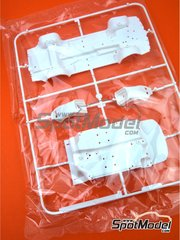 Belkits: Spare part 1/24 scale - Opel Manta 400 Group B: Sprue C - plastic parts - for Belkits references BEL008, BEL-008, BEL009 and BEL-009