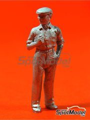 Denizen: Figure 1/43 scale - Spectator - wearing cap
