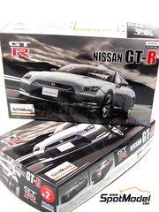 Fujimi: Model car kit 1/24 scale - Nissan GT-R - plastic model kit image