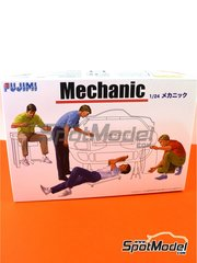Fujimi: Figures set 1/24 scale - Mechanics - plastic parts and assembly instructions