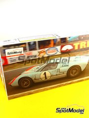 Fujimi: Model car kit 1/24 scale - Ford GT40 Mk II #1 - 24 Hours Le Mans 1966