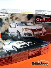 Fujimi: Model car kit 1/24 scale - Volkswagen Golf GTI V - plastic model kit
