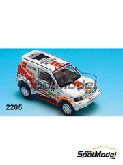 Gaffe: Model car kit 1/43 scale - Mitsubishi Pajero T2 - Masuoka - Dakar Rally 2002 - resin multimaterial kit