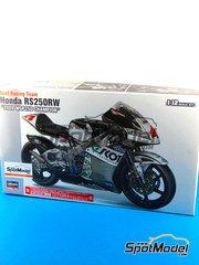 Hasegawa: Model bike kit 1/12 scale - Honda RS250RW Scot Racing Team #4 - Hiroshi Aoyama (JP) - World Championship 2009