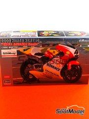 Hasegawa: Model bike kit 1/12 scale - Honda NSR250 Shell #4 - Tohru Ukawa (JP) - World Championship 2000