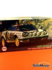 Hasegawa: Maqueta de coche escala 1/24 - Lancia Stratos HF Alitalia Nº 1 - Sandro Munari (IT) + Silvio Maiga (IT) - Rally de Montecarlo 1977 - kit de plástico