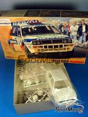 Hasegawa: Model car kit 1/24 scale - Repsol Lancia Super Delta Repsol
