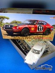 Hasegawa: Model car kit 1/24 scale - Datsun Fairlady 240Z