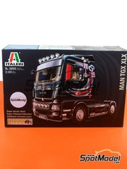 Italeri: Model truck kit 1/24 scale - Man TGX XLX - plastic model kit