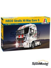 Italeri: Model truck kit 1/24 scale - Iveco Stralis 560 Hi-Way Euro 5 - plastic model kit