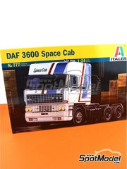 Italeri: Model truck kit 1/24 scale - DAF 3600 Space Cab