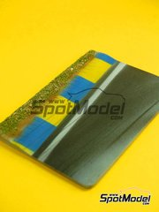 LEau Rouge: Base 1/43 scale - Rumble strip 1 yellow and blue - Le Mans