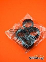Platz: Pieza de reemplazo escala 1/24 - BMW M6 GT3: Neumáticos - piezas de goma - para la referencia de Platz PN24001