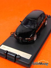 Diecast 1/43 by Racing43 - Alfa 147 GTA Nero Luxor image