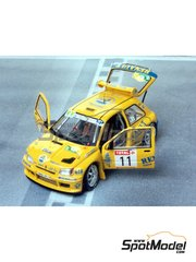 Renaissance Models: Model car kit 1/43 scale - Renault Clio Maxi  Cleon-Dieppe Rouergue 1995 - resin multimaterial kit