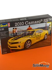 Revell: Model car kit 1/25 scale - Chevrolet Camaro SS 2010 - plastic parts, rubber parts, water slide decals and assembly instructions image