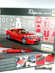 Revell: Model car kit 1/24 scale - Ferrari California - Close top - 115 pieces