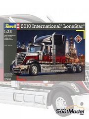Revell: Model truck kit 1/25 scale - International Lone Star 2010 - plastic model kit