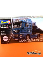 Revell: Model truck kit 1/24 scale - Man TGX XLX - plastic model kit image