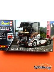 Revell: Maqueta de camión escala 1/24 - Mercedes Benz Actros Gigaspace MP4 - piezas de plástico, piezas de goma, calcas de agua, otros materiales, manual de instrucciones e instrucciones de pintado