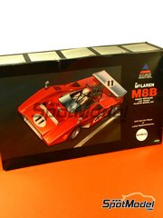 SpotModel: Model car kit 1/24 scale - Accurate Miniatures - McLaren M8B - Can-Am Canadian-American Challenge Cup 1970 - plastic model kit