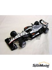 Studio27: Model car kit 1/20 scale - McLaren MP4/18 - Press version 2003 - resin multimaterial kit