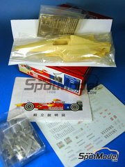 Studio27: Model car kit 1/20 scale - Williams FW21