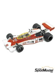 Tameo Kits: Model car kit 1/43 scale - McLaren Ford M23 Marlboro #11, 12 - James Hunt (GB), Jochen Mass (DE) - French Grand Prix 1976 - photo-etched parts, turned metal parts, water slide decals, white metal parts and assembly instructions