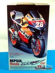Tamiya: Model bike kit 1/12 scale - Honda RC211V Repsol #26 - Nicky Hayden (US), Daniel 'Dani' Pedrosa (ES) - World Championship 2006 - plastic model kit - for Studio27 kit ST27-DC830