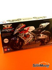 Tamiya: Model bike kit 1/12 scale - Honda RC211V LCR Team #27 - Casey Stoner (AU) - World Championship 2006 - plastic model kit - for Studio27 kit ST27-DC830