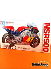 Tamiya: Model bike kit 1/12 scale - Honda NSR500 Castrol #1 - Freddie Spencer (US) - Motorcycle World Championship 1984 - plastic parts, water slide decals and assembly instructions