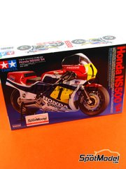 Tamiya: Model bike kit 1/12 scale - Honda NS500 Castrol #1, 3, 5, 9 - Ronald 'Ron' Haslam (GB), Freddie Spencer (US), Randy Mamola (US), Takazumi Katayama (JP) - World Championship 1984 - plastic parts, rubber parts, water slide decals, other materials and assembly instructions