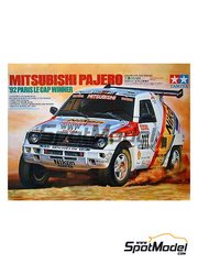 Tamiya: Model car kit 1/24 scale - Mitsubishi Pajero #211 - Paris Le Cap 1992