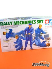 Tamiya: Figures set 1/24 scale - Rally Mechanics Peugeot Subaru 2001 and 2002 - plastic model kit