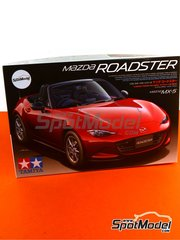 Tamiya: Model car kit 1/24 scale - Mazda MX-5  Roadster - plastic kit